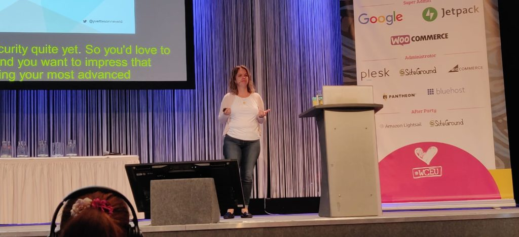 Yvette Sonneveld presenting on stage at WordCamp Europe 2019